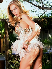 Nicole Aniston in Transparent Wait